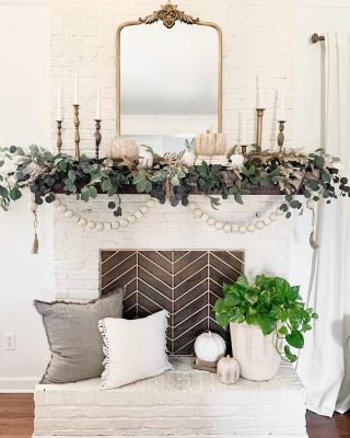 Happy Saturday!! My fall mantel is finished! I had so much fun creating this DIY layered garland. I'll be sharing how I made it on the blog soon! Hope you guys have a great day!  #fall #fallmantle #garland #modernfarmhouse #farmhousestyle #interior123 #bhghome #antiquefarmhouse #homedecor #shiplap #farmhouseinspired #farmhousedecor #magnoliahome #neutraldecor #americanfarmhousestyle #prettylittleinteriors #fixerupper #countrylivingmagazine #mydecorvibe #currentdesignsituation #betterhomesandgardens #ltkhome #moody_tones